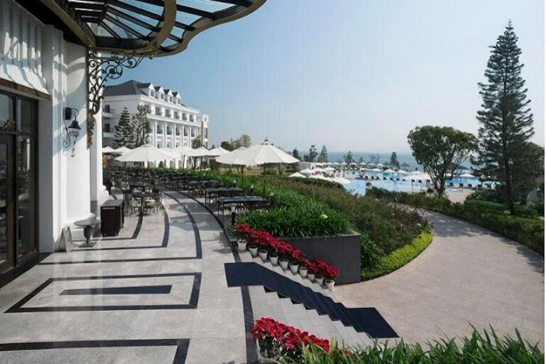 Quang cảnh khách sạn