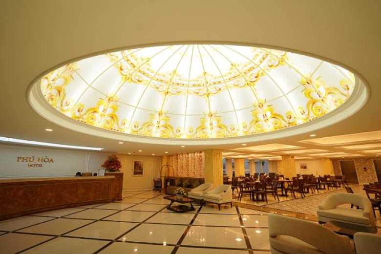 Combo Đà Lạt 3N2Đ - Khách sạn Phú Hòa Đà Lạt 3* + Xe Limousine cao cấp  + Ăn sáng + Ăn Trưa/Tối
