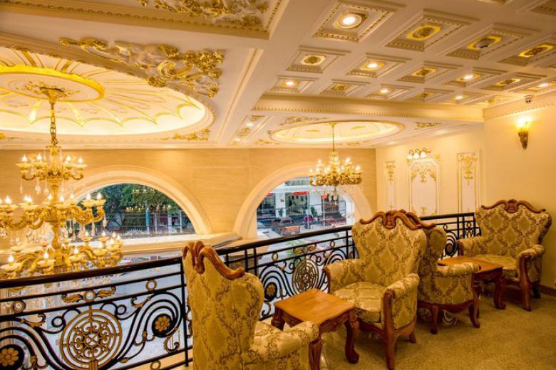 Combo Đà Lạt 3N2Đ - Khách sạn Lâm Anh Luxury + Xe Limousine cao cấp