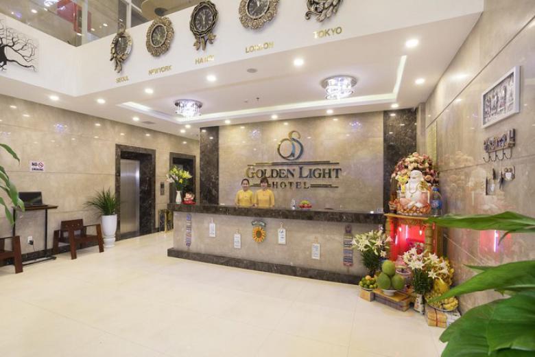 Combo Đà Nẵng 3N2Đ - Khách sạn Golden Light 3* + Buffet sáng + Miễn phí đưa đón sân bay + VMB