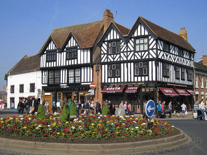 Thị trấn Stratford