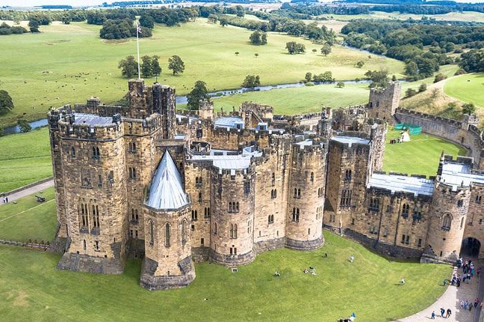 Lâu đài Alnwic