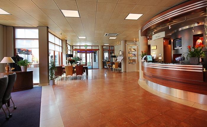 Sảnh khách sạn Golden Tulip Keyser Breda