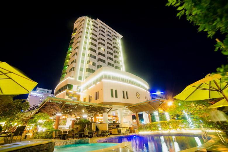 Combo Nha Trang 3N2Đ – The Light Hotel 4* + Vé máy bay