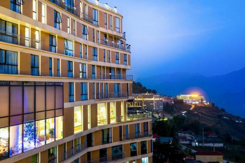 Combo Sapa 2N1Đ - Amazing Hotel 4* +  Xe đưa đón + Tặng bữa ăn tối