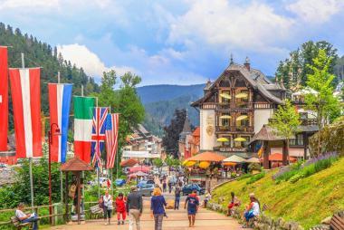 Đức - Séc - Slovakia - Hungari - Áo - Thụy Sỹ 7N6Đ: Combo Tour 7N6Đ + VMB giá từ 28,9tr