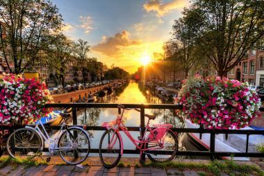 Đức - Hà Lan - Bỉ - Pháp - Luxembourg 7N6Đ: Combo Tour 7N6Đ + VMB giá từ 28,9tr