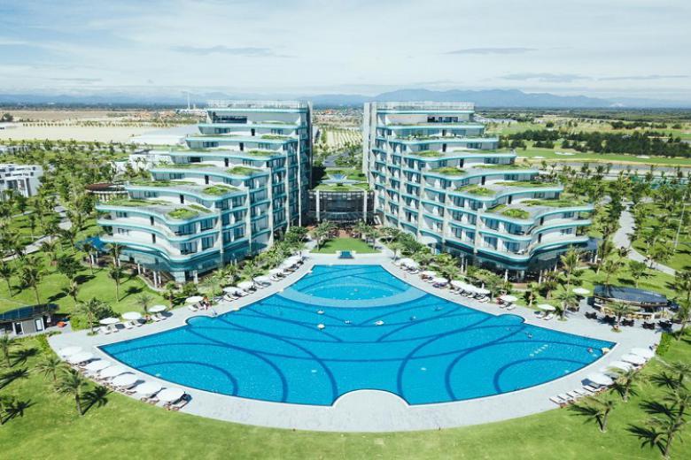 Combo Nam Hội An 3N2Đ - Vinpearl Resort & Golf 5* + Vinpearl Land + Vé máy bay