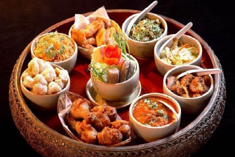 bữa tối truyền thống miền bắc Thái Lan – Kantoke