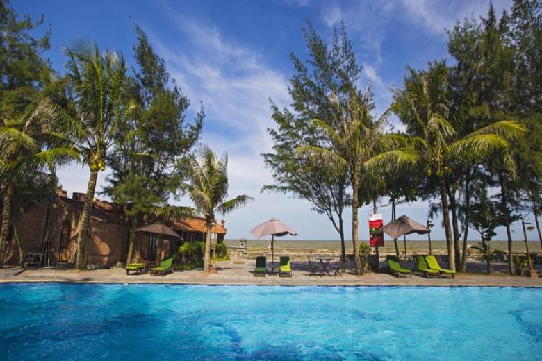 Combo Sầm Sơn 2N1Đ - Vạn Chài Resort 4* + Xe đưa đón