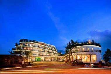 Combo Sapa 2N1D - Pao's Leisure Hotel 5* + Xe đưa đón