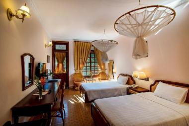 Combo Vũng Tàu 2N1Đ – Sài Gòn Hồ Cóc Resort 4* + Miễn Phí Bữa Ăn + Vé Vui Chơi