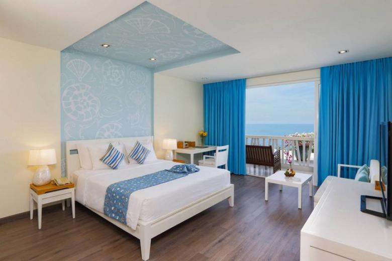 Combo Phan Thiết 3N2Đ – The Cliff Resort 4* + Tàu Lửa 5* + Miễn Phí 2 Bữa Ăn