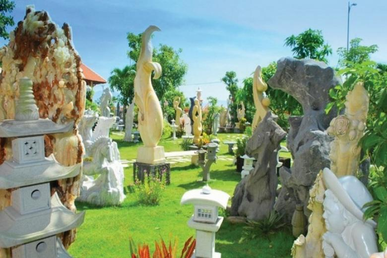 làng điêu khắc đá Non Nước