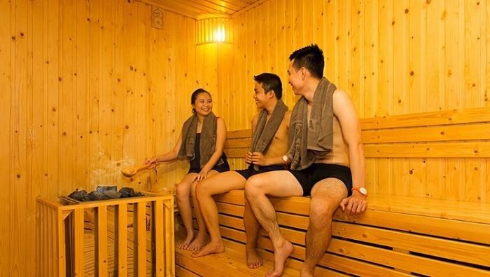 Xông hơi ướt và khô thư giãn cơ thể
