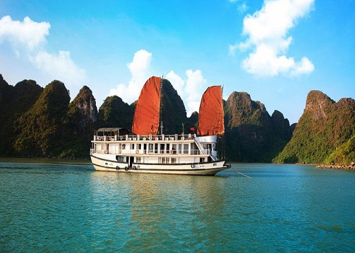 tour du thuyền 3 sao Apricot tham quan vịnh Hạ Long