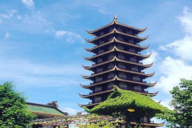 Tour Chùa Thiên Hưng - Chùa Bà - Nhà thờ làng sông - Tháp đôi Quy Nhơn 1 Ngày
