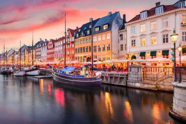 Đức - Đan Mạch - Na Uy - Thụy Điển - Phần Lan 7N6Đ