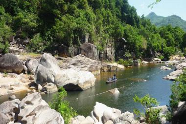 Tour Tham Quan Khu Du Lịch Sinh Thái Hầm Hô 1 Ngày