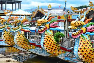 Tour Tham Quan Thành Phố Huế Bằng Thuyền Rồng 1 Ngày.