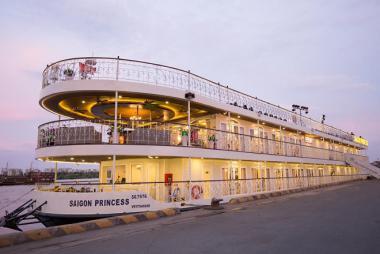 Voucher Ăn Tối Trên Tàu Saigon Princess 5 Sao