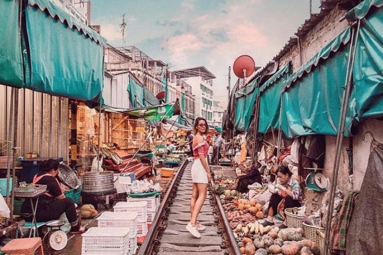 Chợ Maeklong Railway