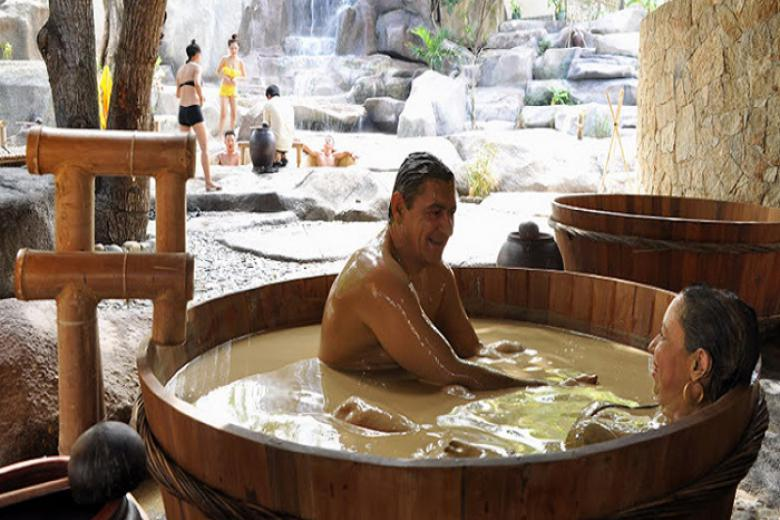 Vourcher Tắm Bùn Tại I Resort Nha Trang