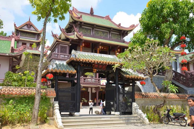 Tour Làng Nghề Quy Nhơn - Thành Hoàng Đế - Tháp Cánh Tiên – Chùa Thập Tháp 1 Ngày