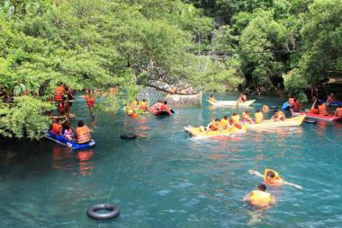 Tour Động Phong Nha - Vườn Thực Vật - Động Thiên Đường - Suối Moọc 2N1Đ.