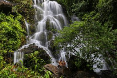 Tour Động Thiên Đường – Thác Gió Vườn Thực Vật 1 Ngày.
