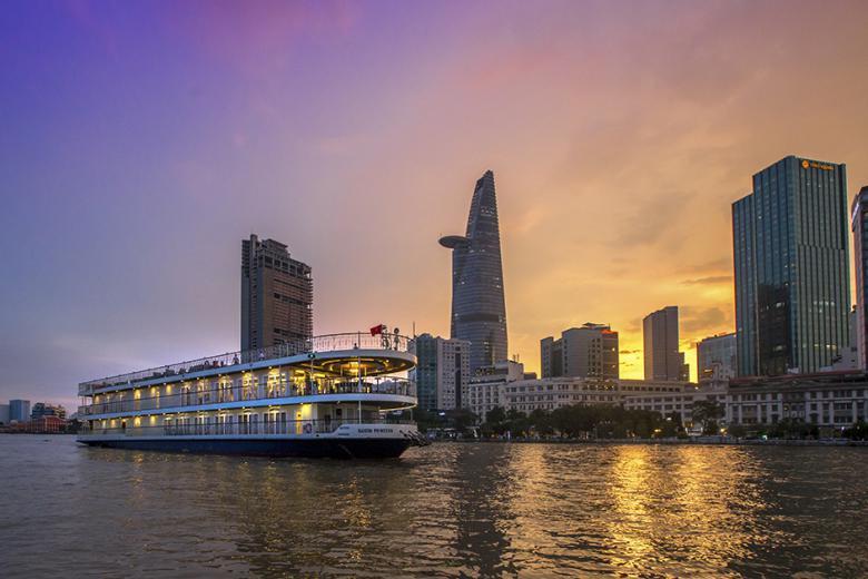 Voucher Ăn Tối Lãng Mạng Trên Tàu Princess 5 Sao - Sông Sài Gòn