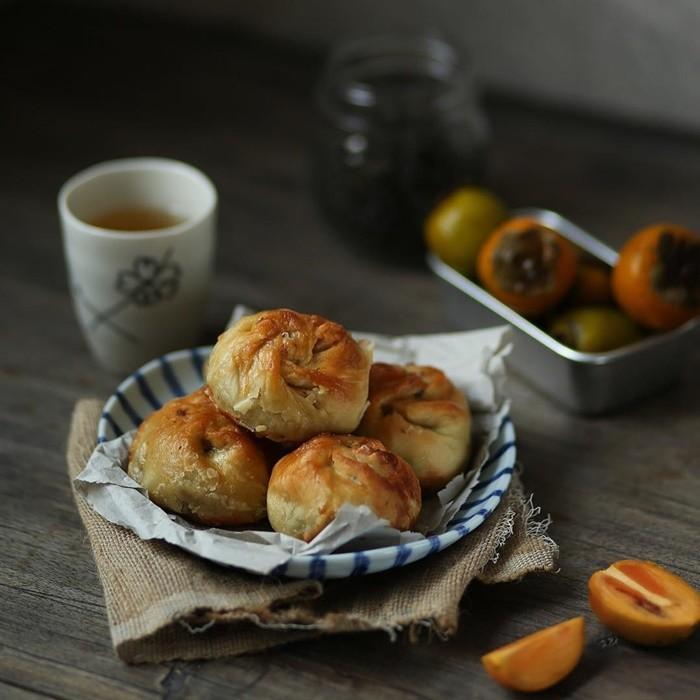 Thưởng thức bánh xíu páo Nam Định nóng hổi nhâm nhi với tách trà vào chiều đông còn gì tuyệt vời bằng