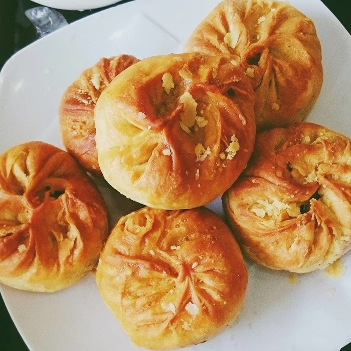 Nhớ thưởng thức bánh xíu páo Nam Định khi về phố Khách