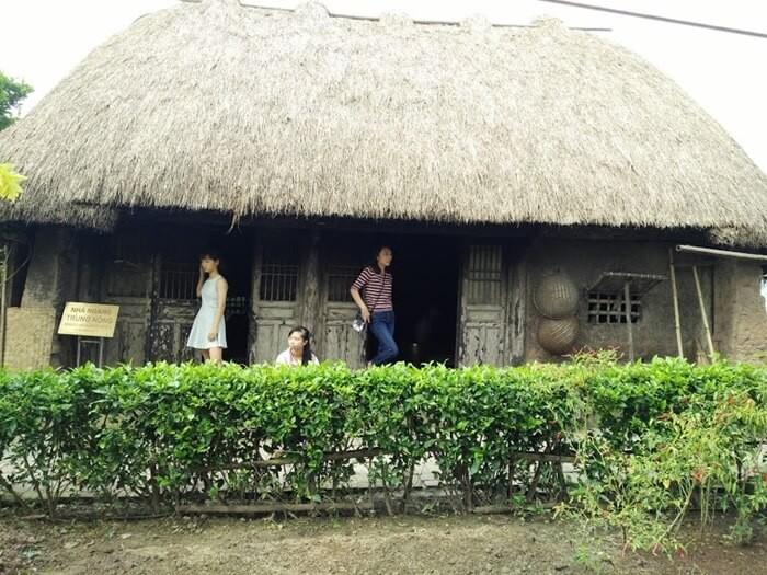 Country Museum - middle farmer's house