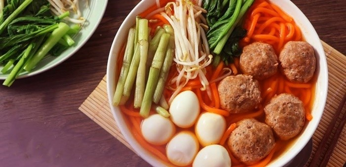 """Why is it called """"Kon Tum Red Noodle""""?"""