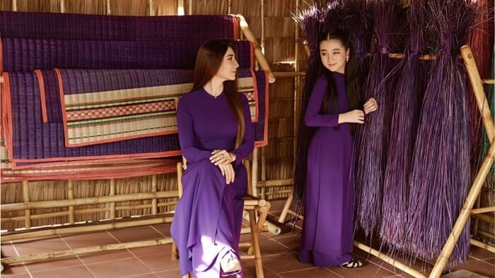 Purple house in Can Tho - taking pictures of flowing ao dai