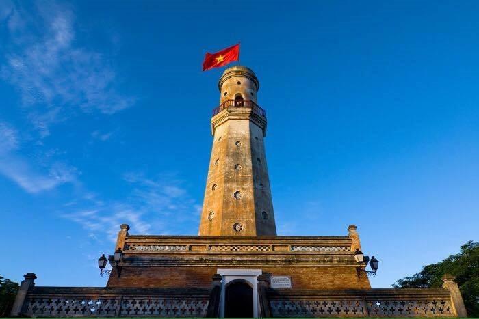 Cột cờ Nam Định - cột mốc lịch sử quan trọng của người Thành Nam