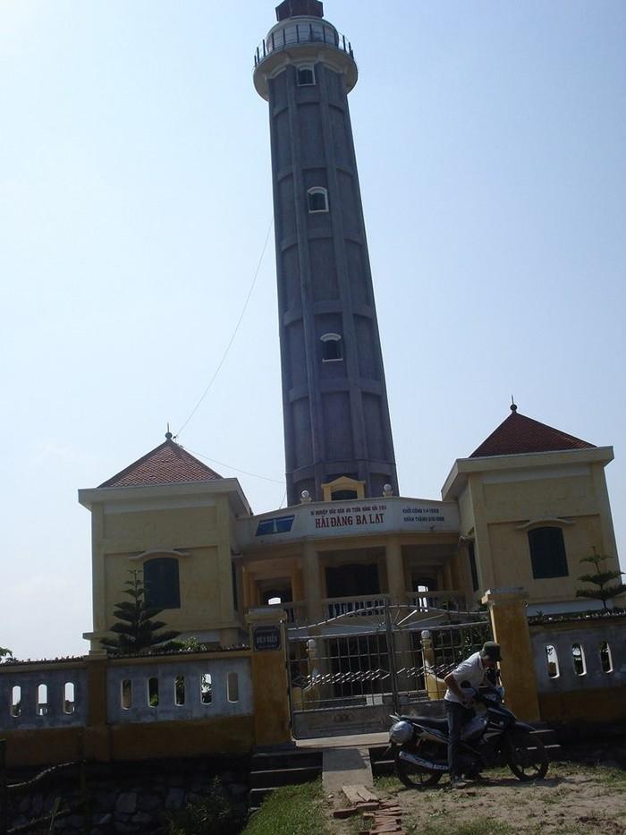 Cửa Ba Lạt Nam Định - ngọn hải đăng