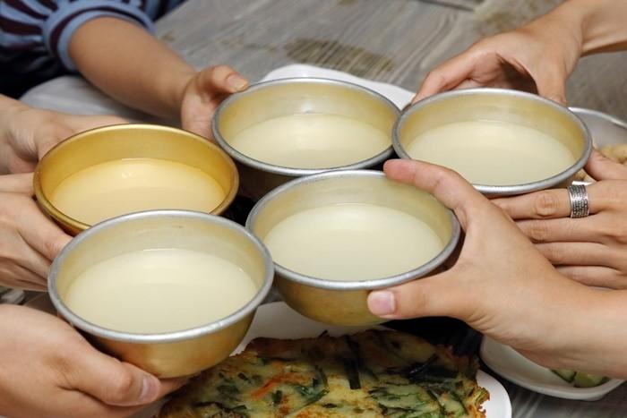 Đặc sản Thanh Sơn - rượu hoẵng