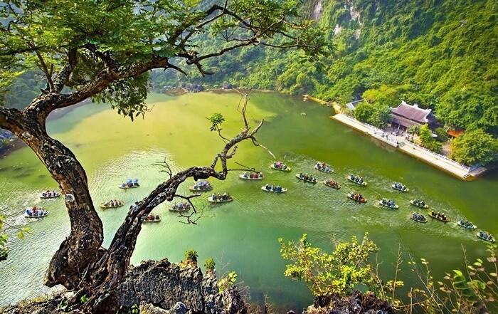 Địa điểm du lịch 30/4 gần Hà Nội - Tràng An
