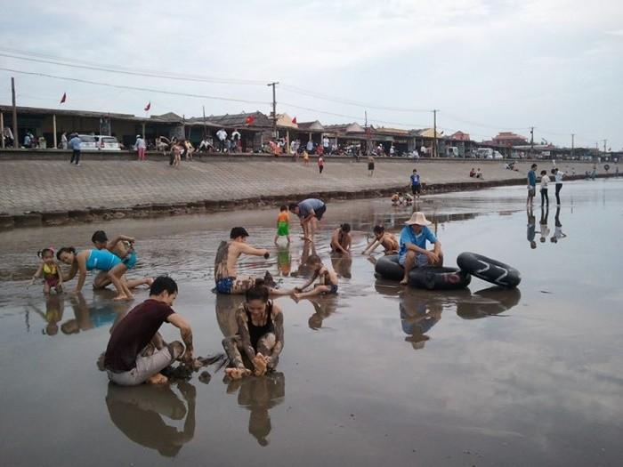 Địa điểm tham quan Giao Thủy - biển Quất Lâm