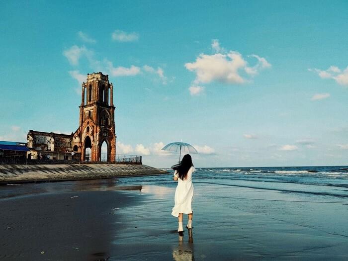 Địa điểm du lịch ở Hải Hậu - nhà thờ đổ Hải Lý