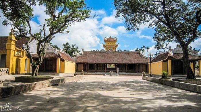 Điểm du lịch tâm linh ở Nam Định - chùa Lương