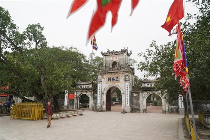 Điểm du lịch tâm linh ở Nam Định - Đền Trần