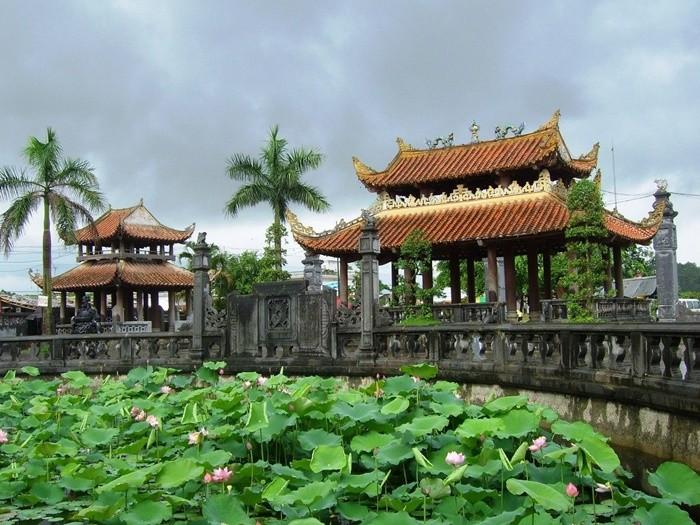 Điểm du lịch tâm linh ở Nam Định - Khu di tích Phủ Dầy