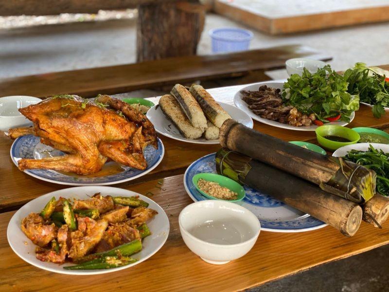 Hồ Đăk Ke - cơm lam gà nướng