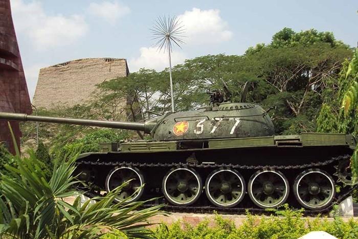 Dak To victory relic area - tank 377