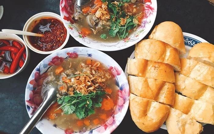 Món ngon Quy Nhơn - Bánh mì lagu