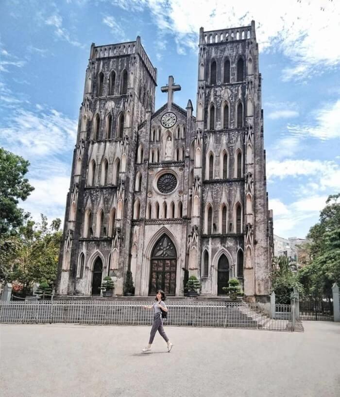 Phố đi bộ Hà Nội - check-in tại nhà thờ Lớn