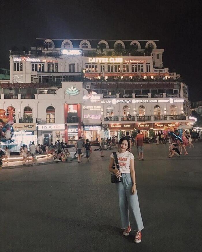 Phố đi bộ Hà Nội - mua sắm